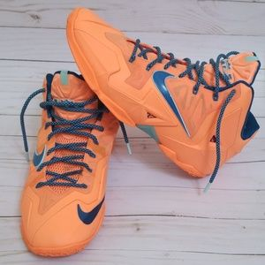 NIKE LEBRON 11 XI MEN'S SHOES